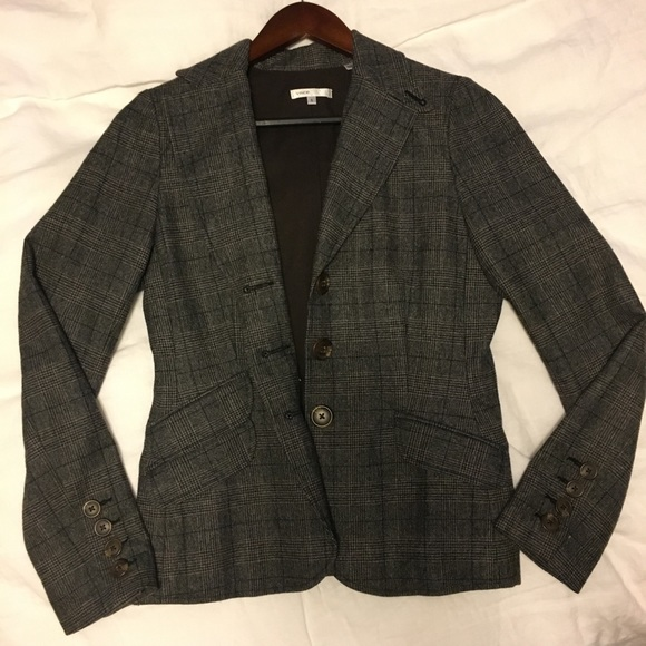 Vince Jackets & Blazers - Vince tweed wool blazer. Size 6. Good condition.